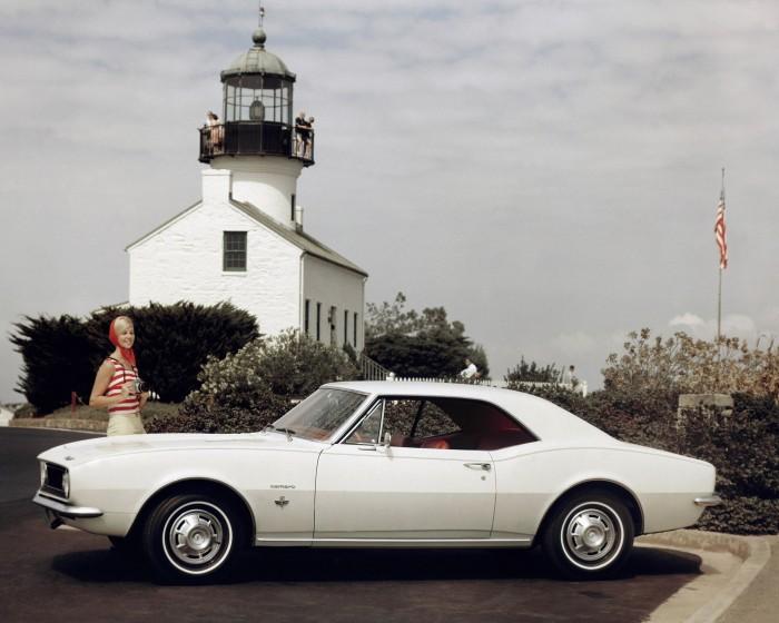1967-Chevrolet-Camaro-Sport-Coupe-700x560.jpg